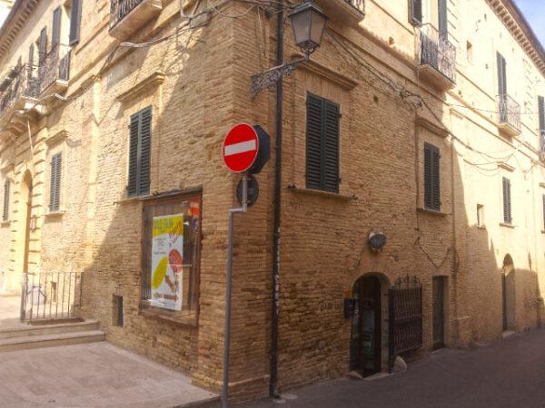 B&B Al Teatro di Vasto and Arci Vasto Office